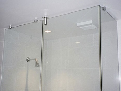 Frameless Shower Screen 2